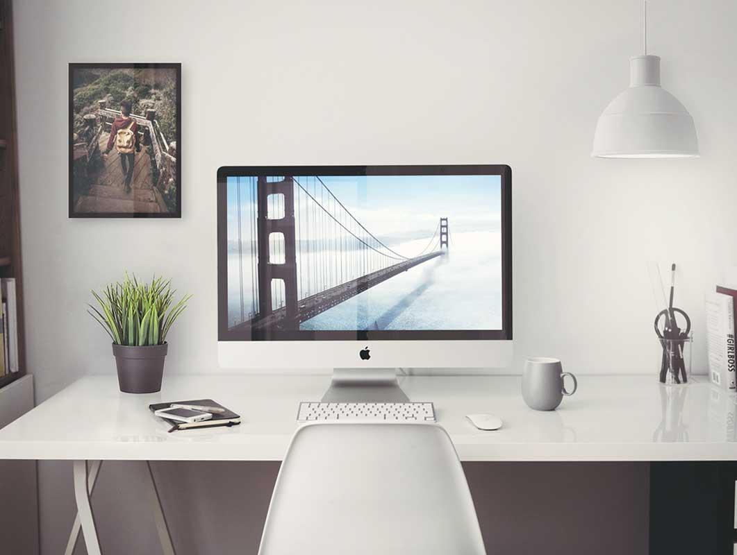Amazing Free iMac 5K PSD Mockup Template