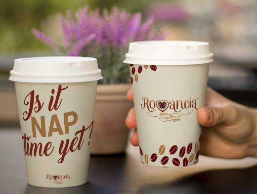 Realistic Coffee Cups Branding PSD Mockup